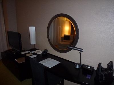 ホテルグランヴィア京都のデスクまわり